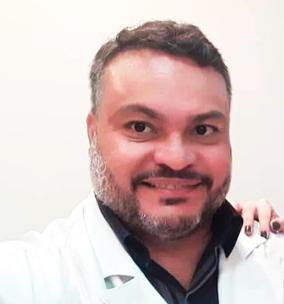 Foto médico Dr. Cristiano Cardoso Moura